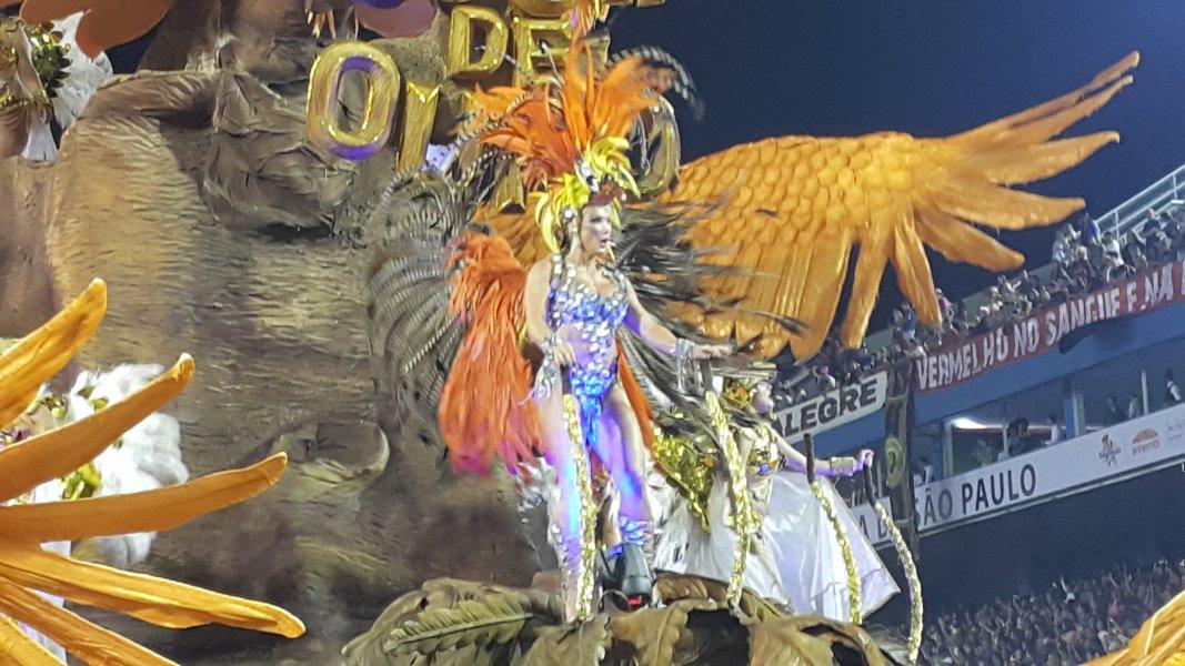 Aguia de Ouro - Carnaval 2019